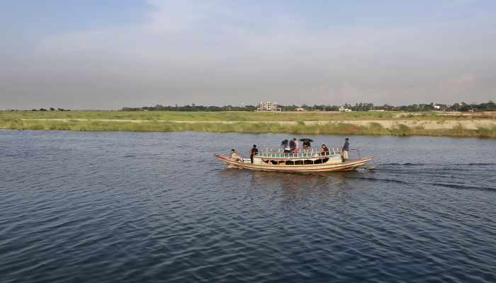 To  get rid of fatigue life, you can visit the Balu River right next to the capital. It will only cost Tk 15 to 20 thousand, including meal  and music services on the big boat. Whereas the small boat will only cost Tk 500 hundred to 1000 thousand. Photo: Collected