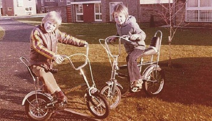 Children on bikes in Woodley, Reading in 1976. Photo: THE PEOPLE'S ARCHIVE