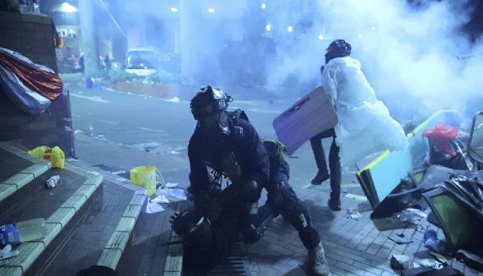 HK police storm university held by protesters