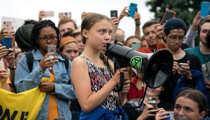 Greta Thunberg outside the White House.