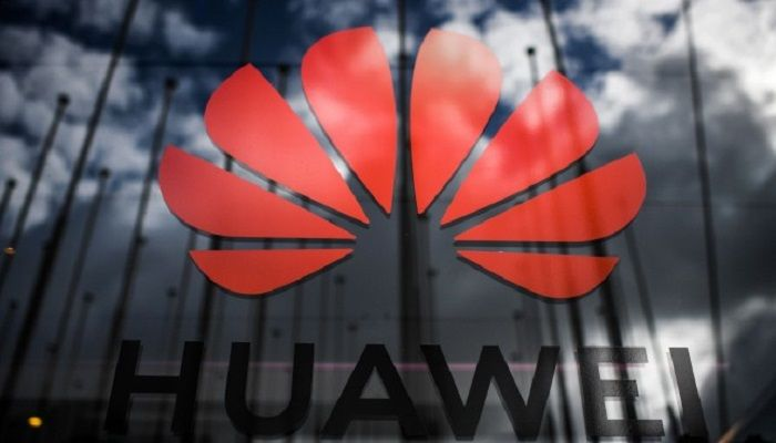 In this file photo taken on November 6, 2019 the logo of Chinese telecom giant Huawei is pictured during the Web Summit in Lisbon. The United States on November 18, 2019 granted another 90 days for companies to cease doing business with China's telecoms giant Huawei, saying this would allow service providers to continue to serve rural areas. President Donald Trump in May effectively barred Huawei from American communications networks after Washington found the company had violated US sanctions on Iran and attempted to block a subsequent investigation. Photo: AFP