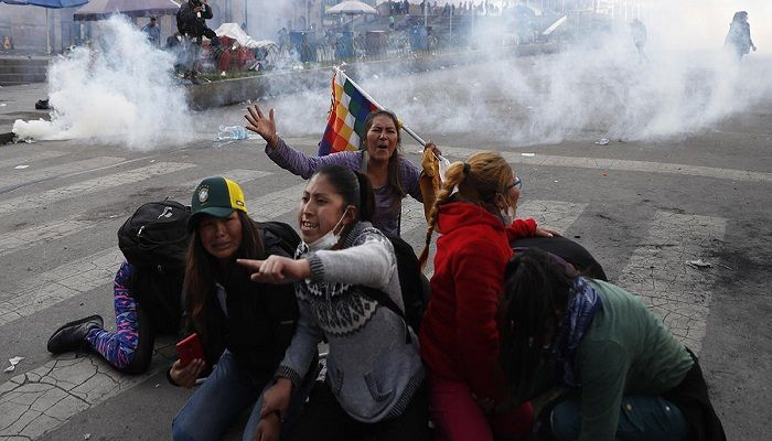 8 dead amid protests in Bolivia