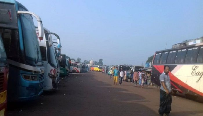 No buses were plying from Khulna to other districts owing to the work abstention being observed by a section of transport workers. Photo: Collected