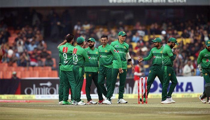 Pakistan Win 2nd T20 by 9 Wickets