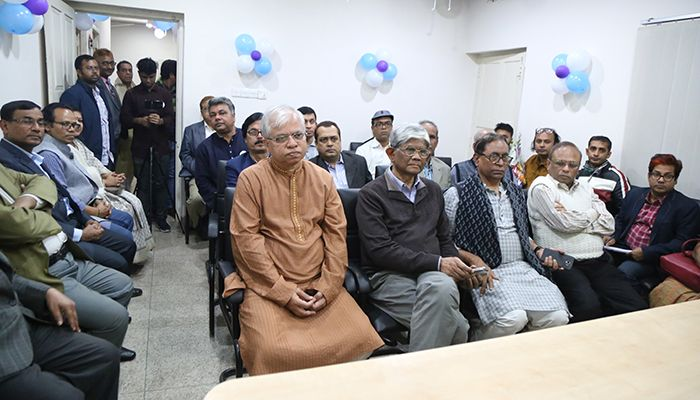 The office premises was vibrant with lively presence of the well-wishers.