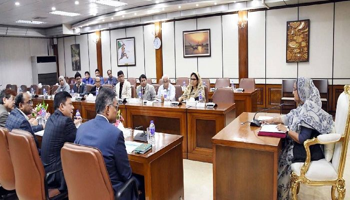 Dev Works Should Be Complementary to Each Other: PM