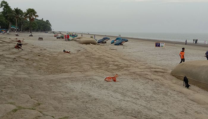 Tourism and business coastal areas including Patuakhali is being highly affected due to the coronavirus to  The district administration has imposed an indefinite ban on travel to Kuakata to avoid risk. Photo: Star Mail