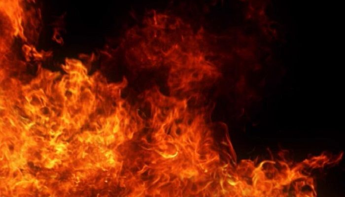 3 Burned to Death in City Fire