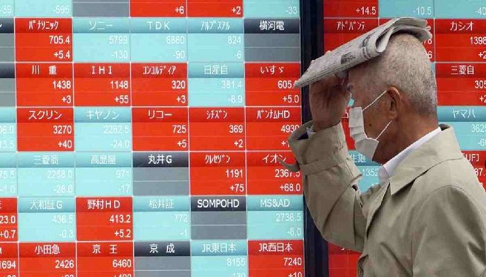 Asian Shares Sink As Virus Crisis Deepens