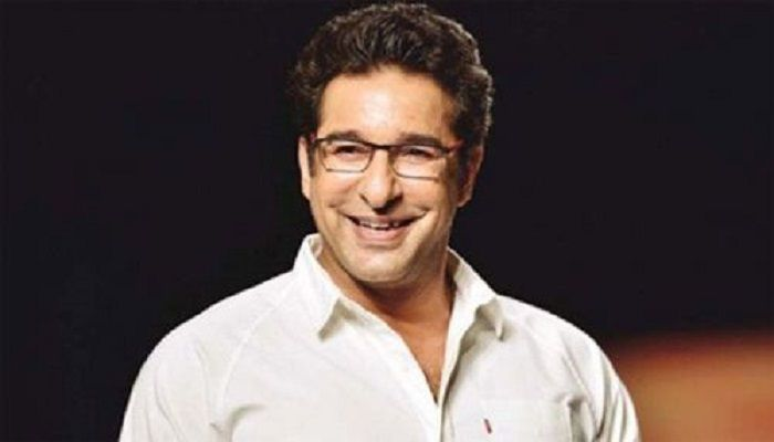 Wasim Akram Salutes 'Heroic' Medical Staffs