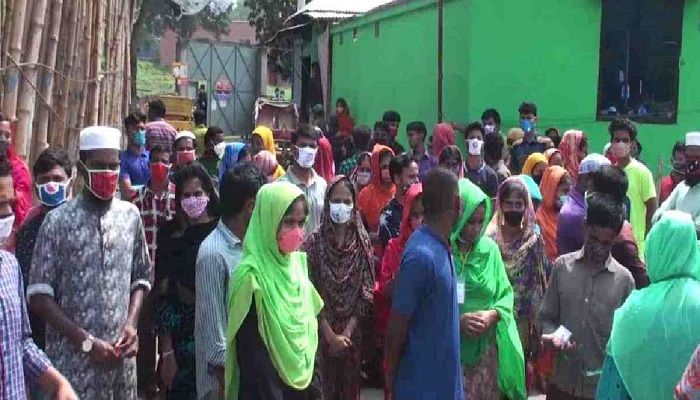 RMG Workers Stage Demo in Gazipur