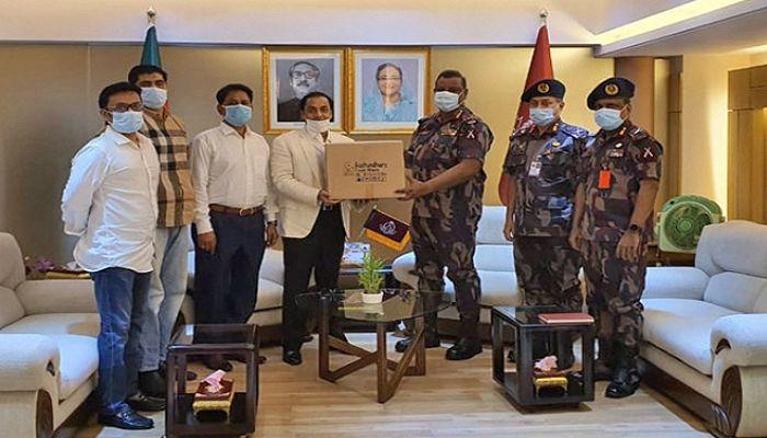 Bashundhara Group Provides Masks, PPE for BGB