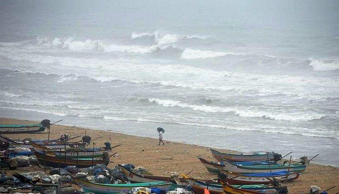 Cyclone Nisarga to Hit Mumbai Today