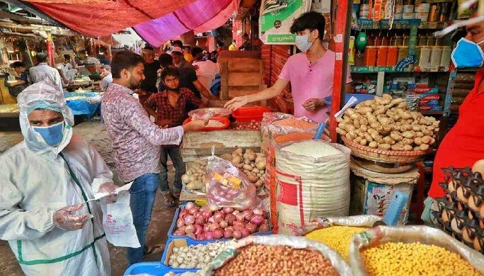 Onion Prices Falls to Tk30 a Kg