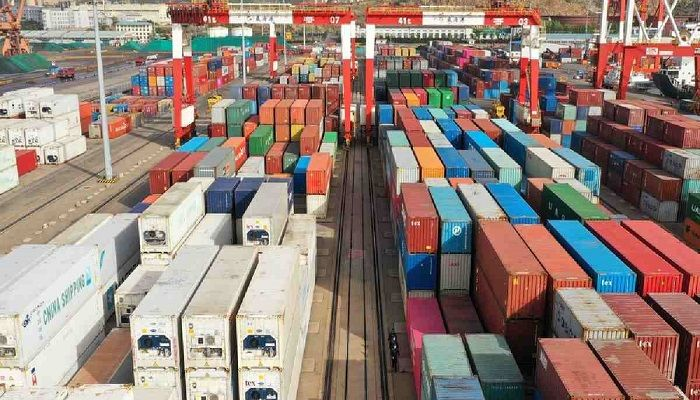 China Trade Surplus Tops 60b US Dollars