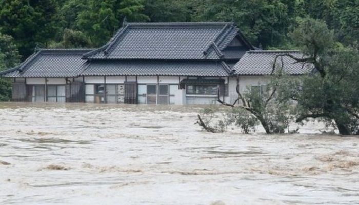 Fears for Nursing Home amid Flood in Japan