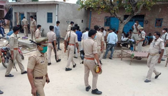 8 Indian Police Shot Dead in Ambush