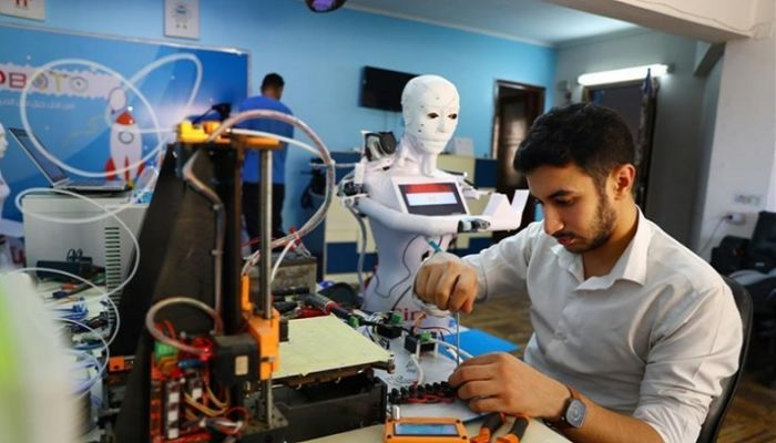 Egyptian Engineer Invents Robot for COVID-19 Diagnosis