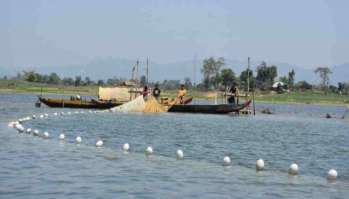 Fishing Resumes in Kaptai Lake