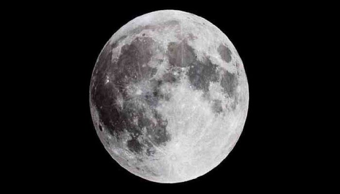 Making 'Space Bricks' on Moon