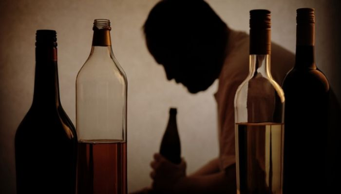 India Bootleg Alcohol Death Toll Rises to 98