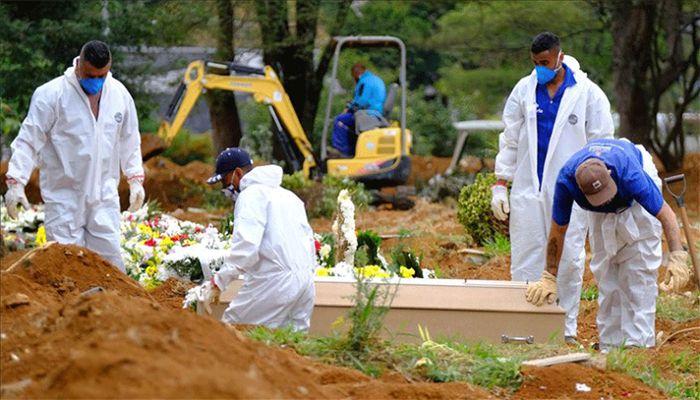 Global COVID-19 Death Toll Reaches 877,438