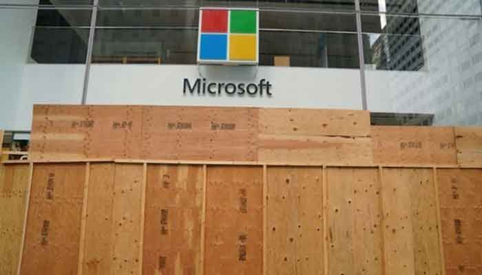 Global Microsoft Outage Brings Down Teams, Office 365 And Outlook