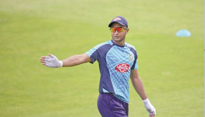 BCB All Set to Include Shakib in Central Contract