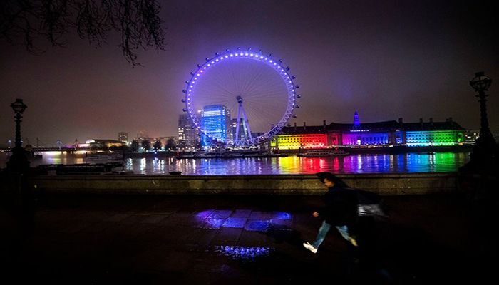 The London Eye is lit in purple to mark Holocaust Memorial Day which remembers the millions of people murdered under Nazi persecution during World War Two, as well as the victims of subsequent genocides around the world. Photo By: VICTORIA JONES