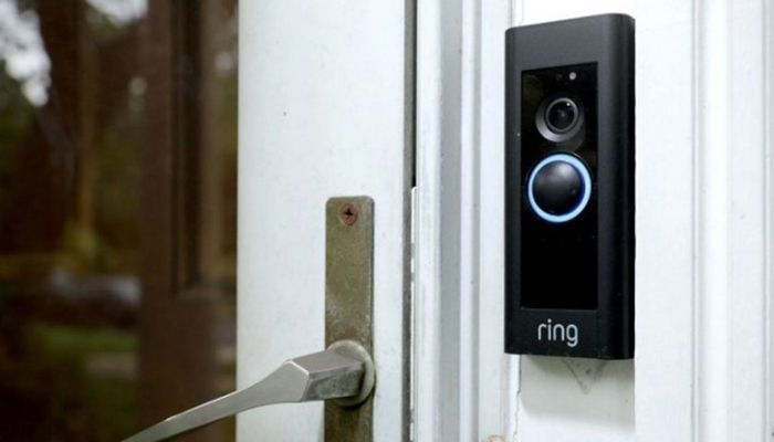Hacked Home Cams Used to Livestream Police Raids