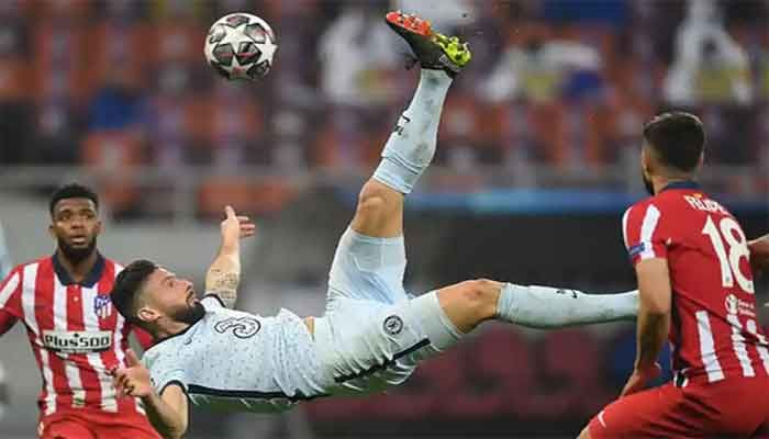 Giroud Overhead Kick Gives Chelsea Edge over Atletico