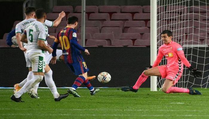 Messi Scores Twice As Barca Dispatch Elche