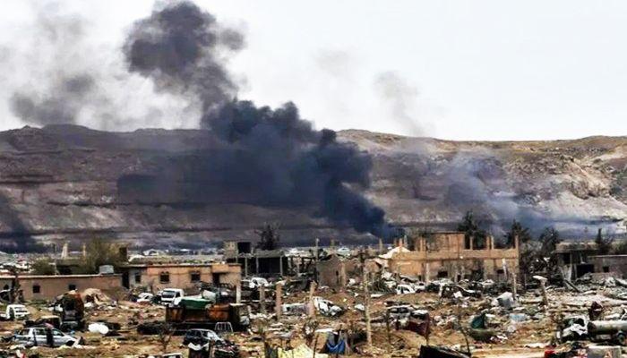 Russian Air Strikes Kill 21 IS Jihadists in Syria