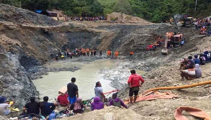 Indonesia Hunts for Missing after Mine Collapse Kills 6