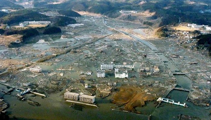 A picture taken from the Japan Ground Self-Defense Force helicopter shows the central part of the town of Minamisanriku, Miyagi Prefecture, March 12, a day after it was flattened by a massive tsunami following Japan's strongest recorded earthquake. Photo: Collected from Reuters
