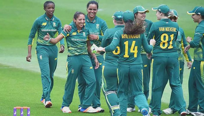 Five S. African Women Cricketers Stuck in Bangladesh