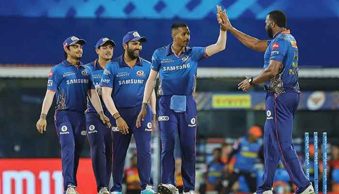 Mumbai Indians Condemn Warner's Hyderabad to 3rd Straight Defeat