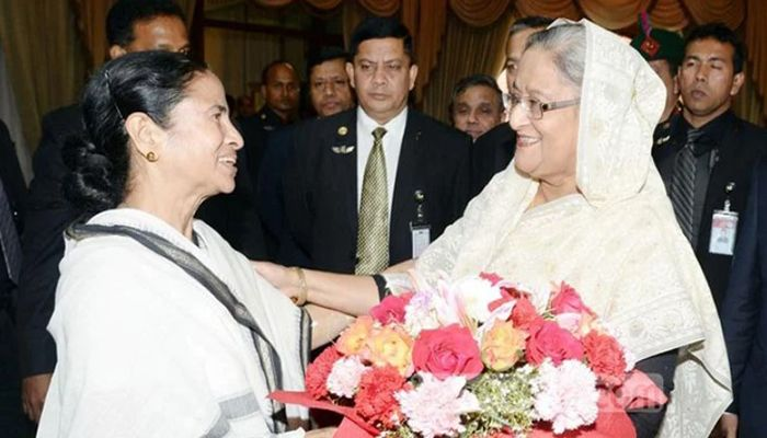 PM Sheikh Hasina Greets Mamata Banerjee