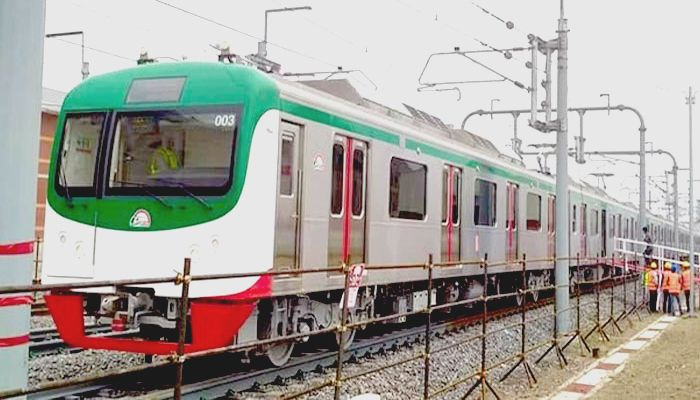 Metro Rail Completes Test Run in Dhaka
