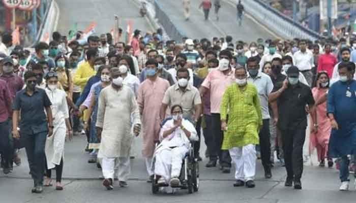 TMC chief Mamata Banerjee during a roadshow in Kolkata. Photo: Hindustan Times