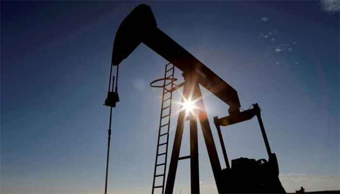 Oil Rises Further on Tight Supply Outlook, Eyes on OPEC+