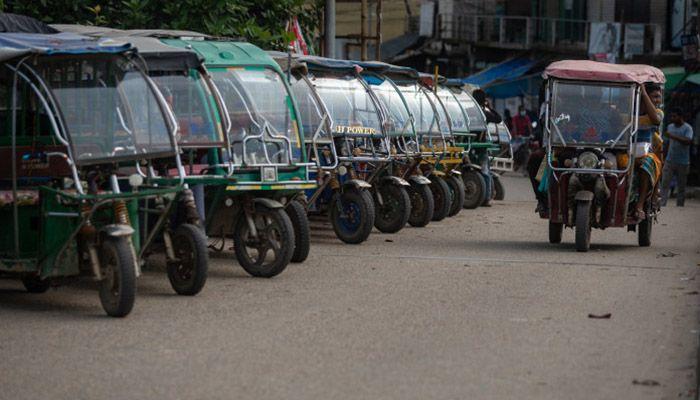 Quader Calls For Banning Easy Bikes and Battery-Powered Rickshaws