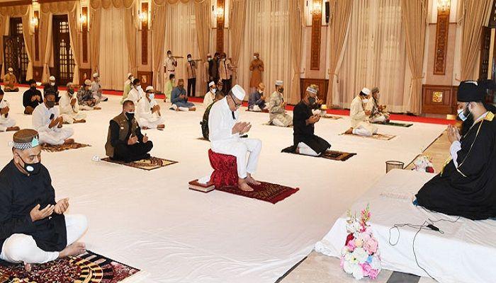 President Offers Doa at Bangabhaban on National Mourning Day
