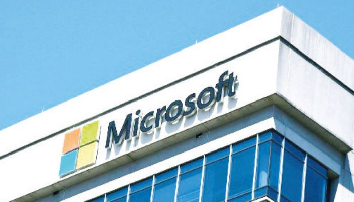 Microsoft Requires US Workers to Be Vaccinated