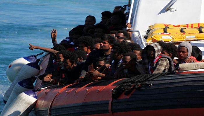More Than 500 People Rescued Off Italian Island