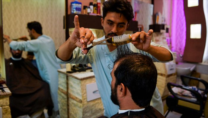 Taliban Ban Afghan Barbers from Trimming Beards