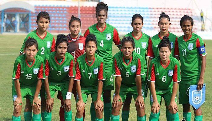 Women's Football Team Start Training in Nepal