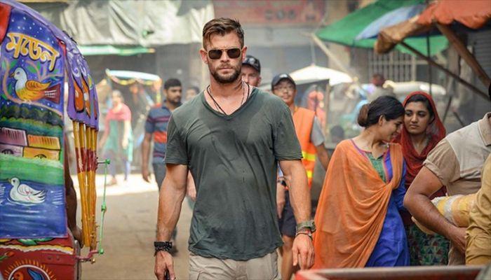 Chris Hemsworth Teases Return for Extraction II