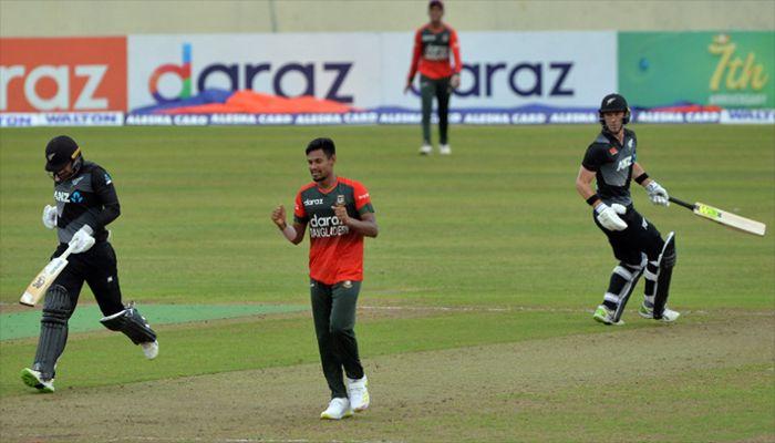 Mustafizur Departs for Dubai to Play IPL