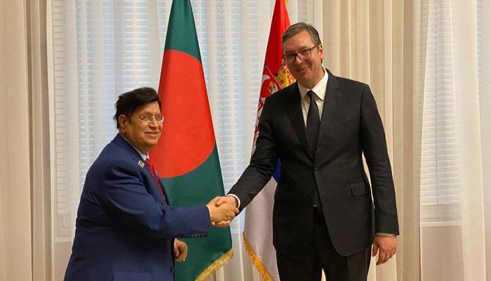 Serbian President Aleksandar Vucic and Bangladesh Foreign Minister Dr. AK Abdul Momen || Photo: Collected